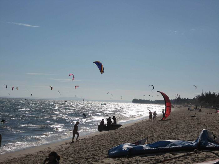 kite boarding and wind surfing Mui Ne, Vietnam